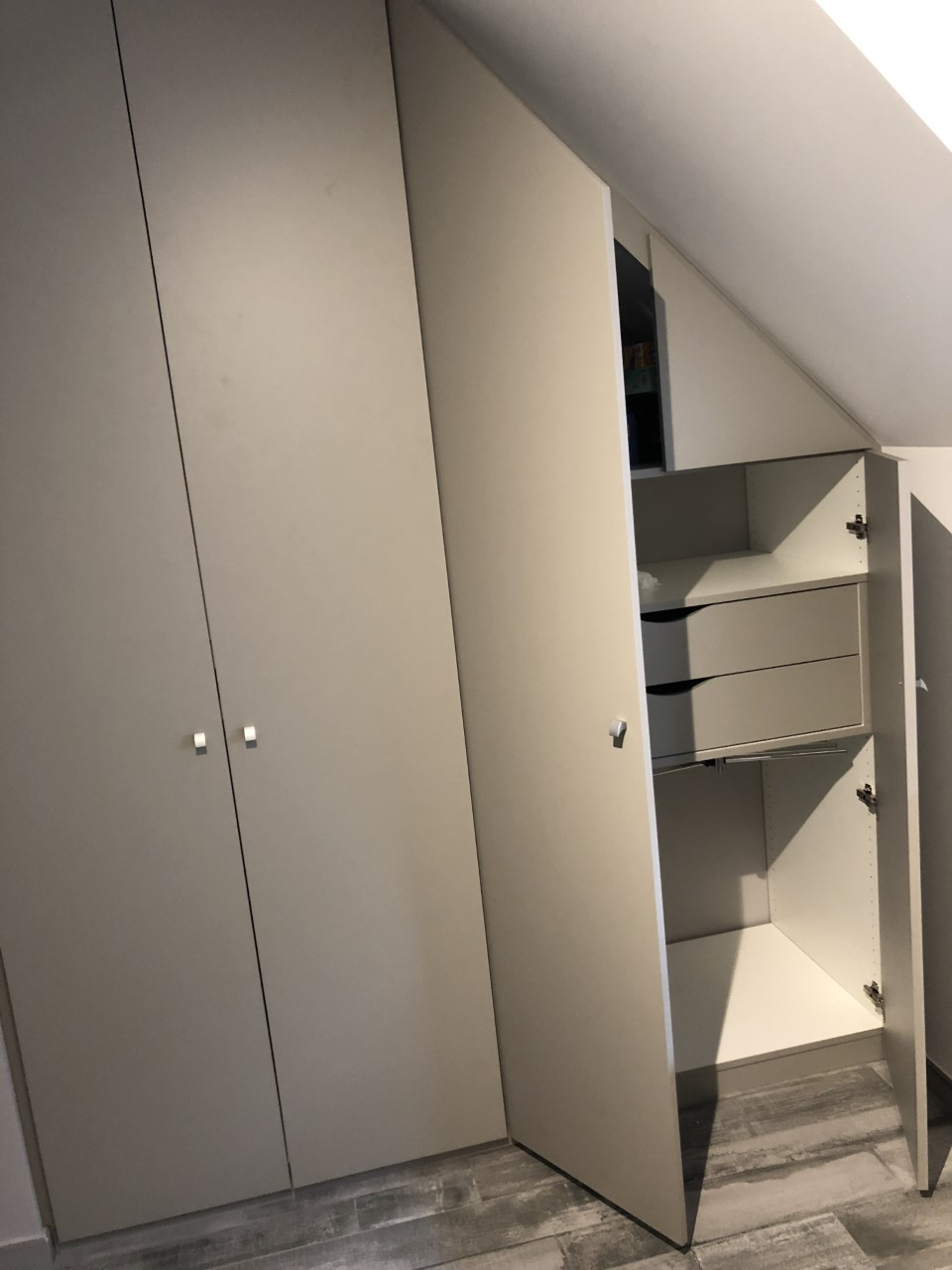 espace-placard-meubles-sous-combles-sous-escaliers-1