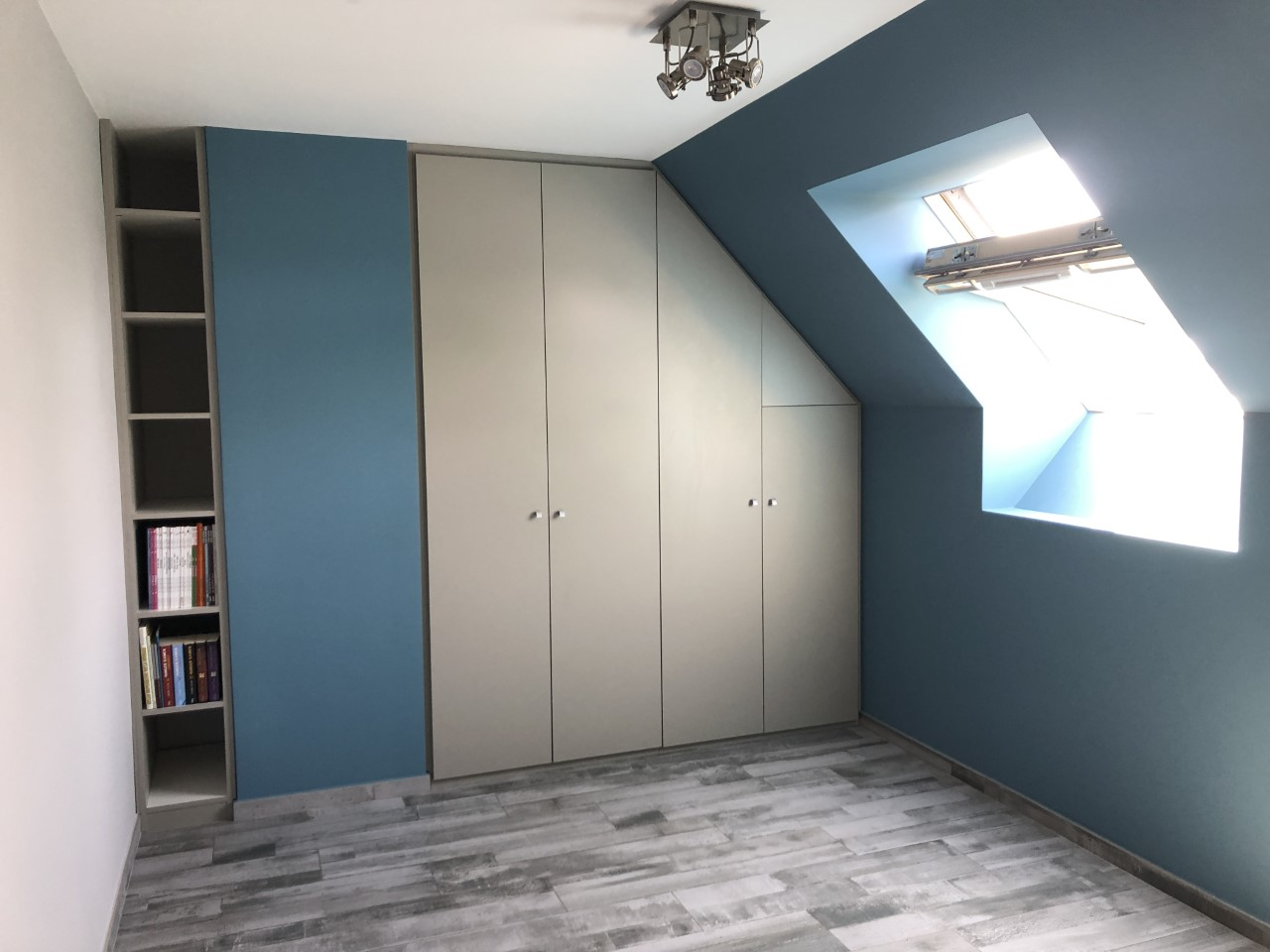 espace-placard-meubles-sous-combles-sous-escaliers-2